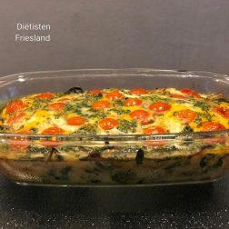 Snelle frittata met spinazie en tomaat