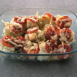 Gegratineerde bloemkool met tomaat en mozzarella